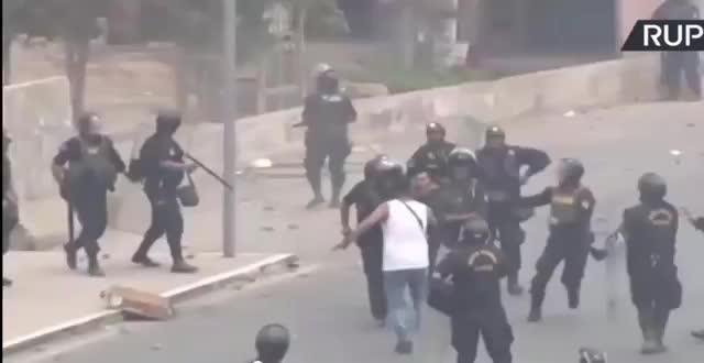 Peru: Zamieszki po wprowadzeniu opłat za autostrady