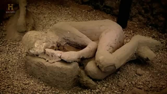 Pompeje - piwnica szkieletów.  Dokument