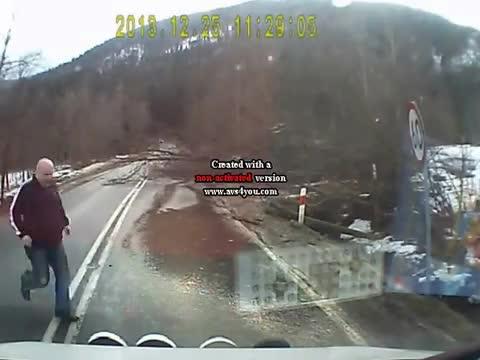 Ogromny wiatr w Zakopanem - 25 12 2013