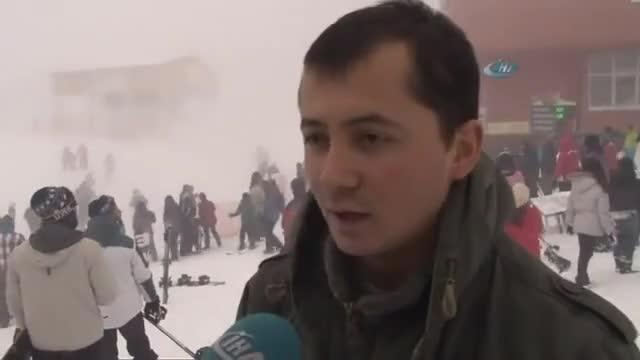 Lawina wpada do ośrodka narciarskiego pełnego turystów