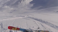 Mężczyzna wydał 1000 dolarów na helikopter który dosłownie podrzucił go na szczy zjazdu... gdzie niemal natychmiast zgubił nartę :D