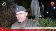 Aleksander Jabłonowski, NATRĘTNY OBYWATEL (CAŁE NAGRANIE !) Link do fragmentu w którym natrętny obywatel prowokuje i przeszkadza Aleksandrowi Jabłonowskiemu w pracy: http://youtu.be/TIC3lvXVaps