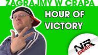 """Hour of Victory wydane na PC i Xbox360 to przykład jak nie należy robić gier o drugiej wojnie światowej. Brzydki, nudny spowodował u mnie tylko sporą frustrację. W odcinku pojawia się też niespodziewany ale znamienity gość! Zapraszam!  Geekowskie koszulki: http://www.koszulka.tv/shops/190-nrgeek.html  Podobało się? Daj łapiszona w górę, motywuje mnie to do dalszej pracy. Dzięki!  Napisz do mnie: nrgeek00@gmail.com  Zapraszam także do subskrypcji kanału i oglądania moich innych filmów.  Ponadto znajdziecie mnie na facebooku gdzie będzie trochę więcej nowych informacji, także śmiało możecie """"lajkować"""" albo i nie :) Wybór należy do Was  Fejsbuczek: http://www.facebook.com/NRGeek Twitter: https://twitter.com/NRGeek00 Hitbox.tv: http://www.hitbox.tv/NRGeek Twitch: http://pl.twitch.tv/nrgeek00 Ask.fm: http://ask.fm/nrgeek00"""