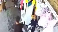 Facet został potrącony przez taksówkę. Z paroma złamaniami został przewieziony do szpitala.